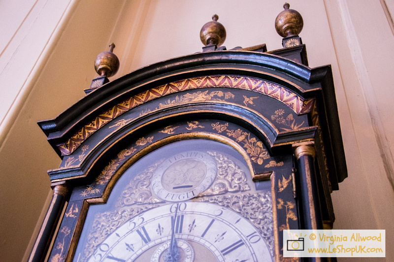 When visiting the Red Lodge Museum, I spotted this beautiful clock decorated with oriental and chinese motifs